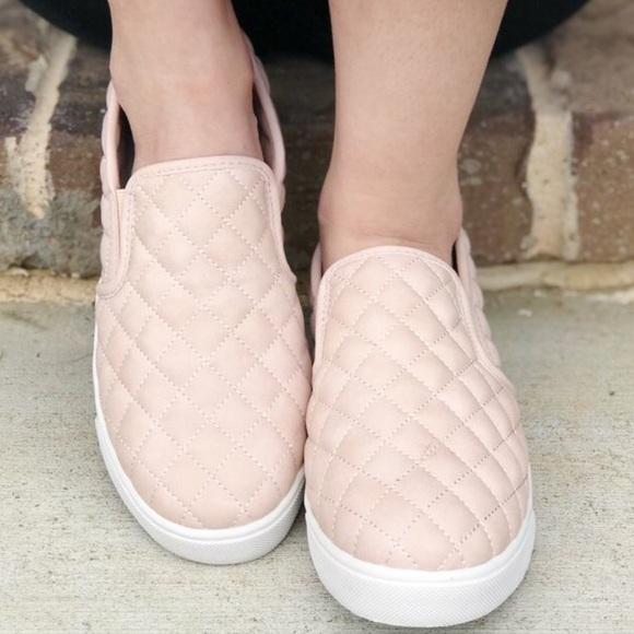 Soda Shoes | Diamond Stitch Platform